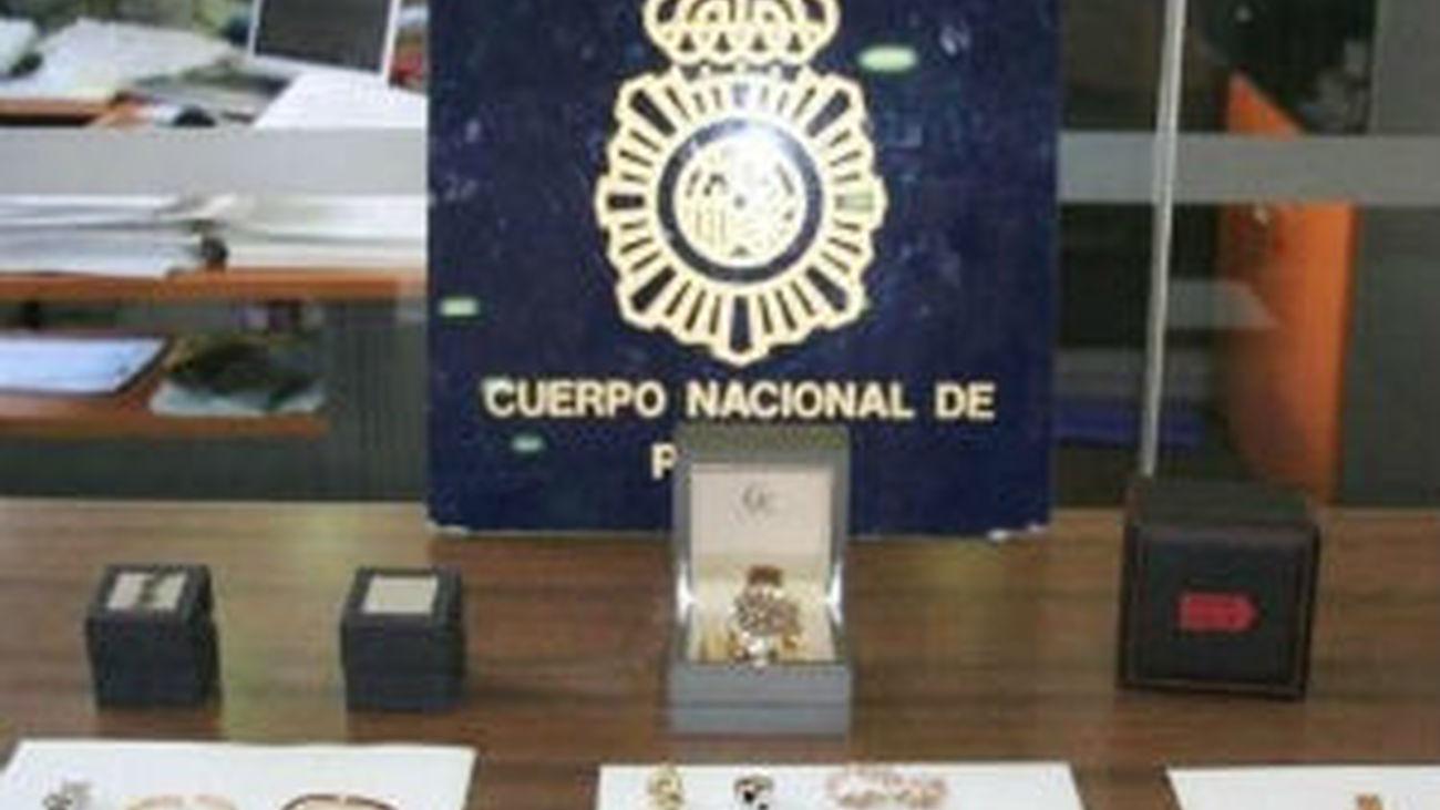 67f4808b9641 Detenido tras robar tres diamantes y diversas joyas valoradas en 500.000  euros