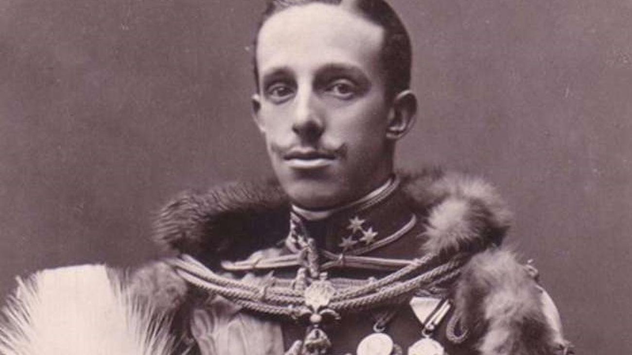 La renuncia de Alfonso XIII en don Juan, última abdicación ...