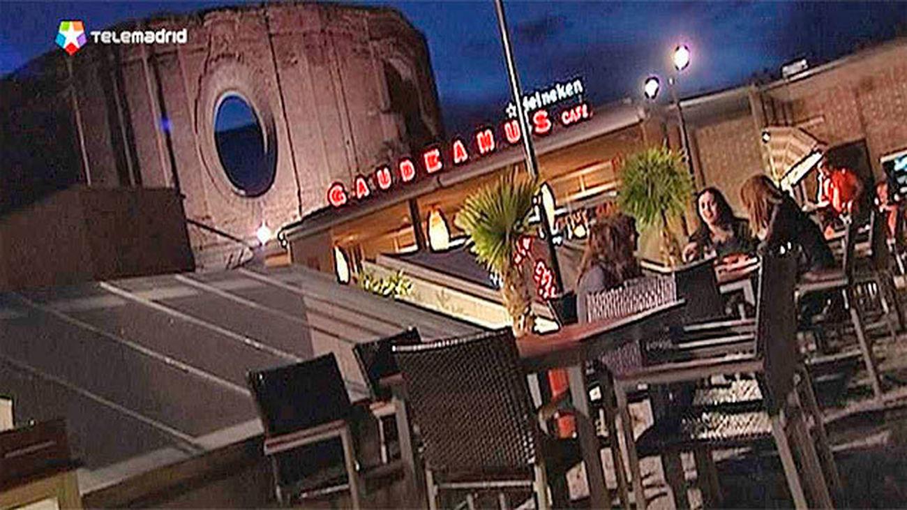 La Terraza Del Gau Café En Las Escuelas Pías Cierra Por No