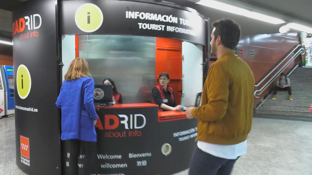 Madrid es cifra turismo en la puerta del sol for Oficina de turismo de la comunidad de madrid