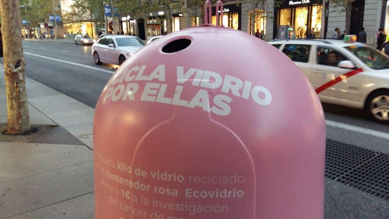 c674671421f7 Reciclamos con Agatha Ruiz de la Prada