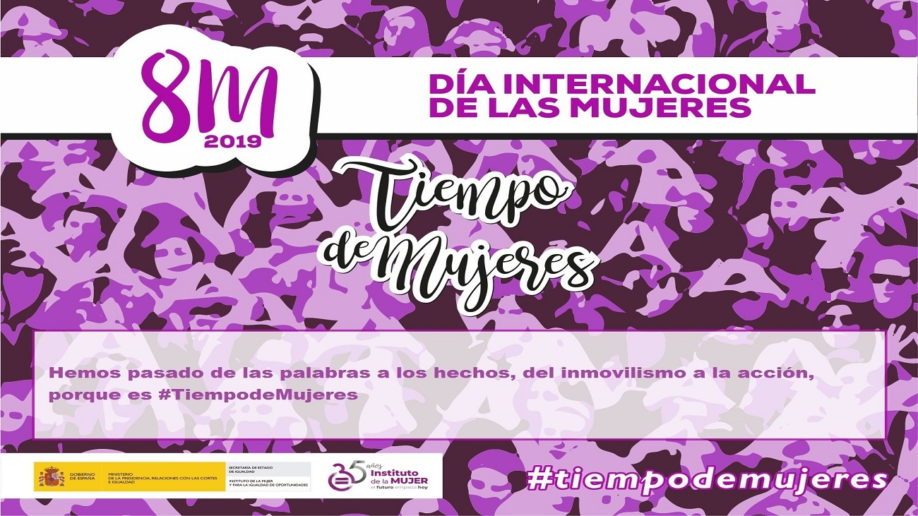 Transexual gratis mujer desnuda bella posando rasurada 39