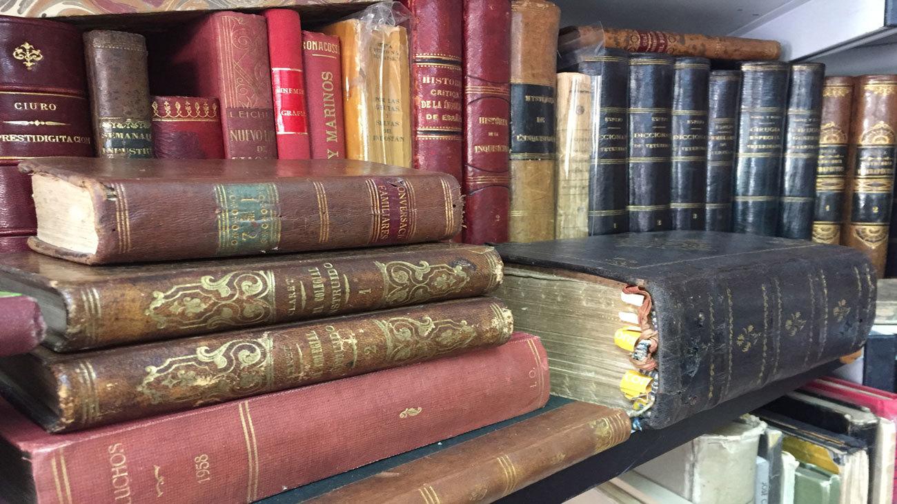feria del libro viejo y antiguo